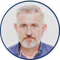 dr n. med. Piotr Raczyński